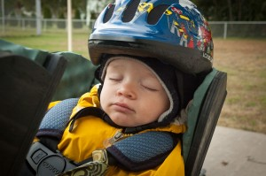 Sleeping on the bike 300x199 Comfortable toddlers while touring