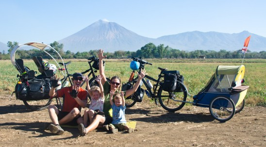 March 14 2012 DSC 7983 548x303 Holy Smokin Volcanoes! 10,000km in and we hit Nicaragua.